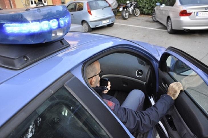 SIRACUSA – LA POLIZIA DI STATO ARRESTA UN UOMO PER DETENZIONE AI FINI DELLO SPACCIO DI DROGA