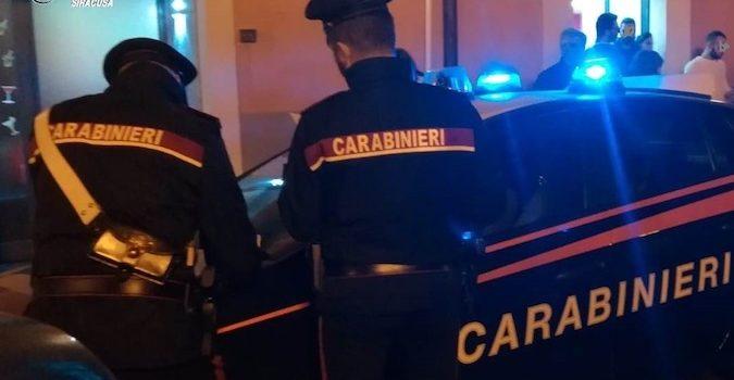 FLORIDIA (SR). VIOLENTA RISSA FRA 4 PERSONE RICHIEDE L'INTERVENTO DEI CARABINIERI.