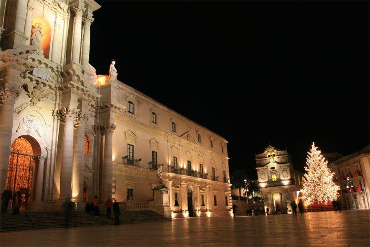 Concerto Orchestra scolastica della Regione Sabato 25 maggio, ore 20.30, piazza Duomo
