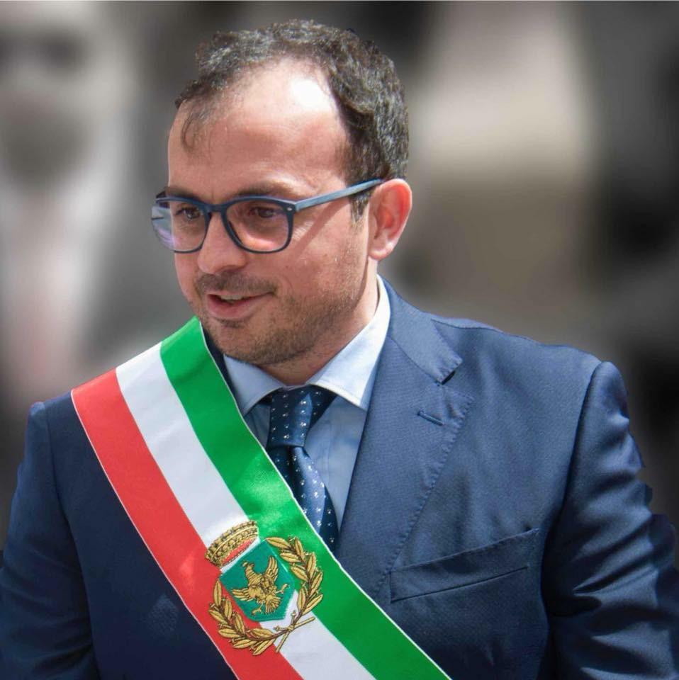 Melilli, il sindaco Carta torna in libertà