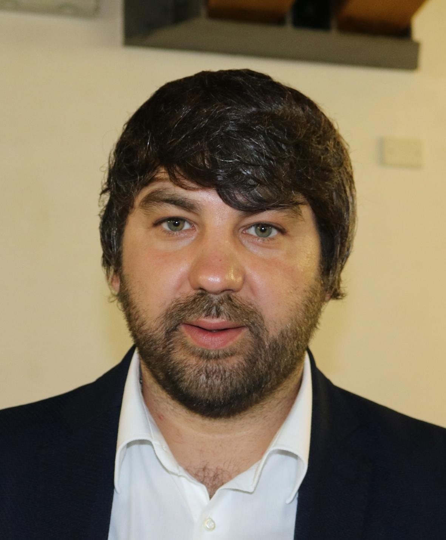 """ROSOLINI. CONSIGLIO COMUNALE, PASSA IL REGOLAMENTO SUL """"BARATTO AMMINISTRATIVO"""". SPADOLA: """"C'E' IL TRUCCO"""""""